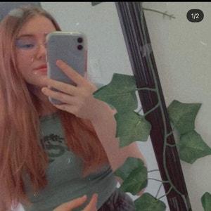 Ainsleyandjohn avatar