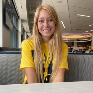 Kylie15 avatar