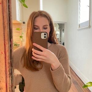 Emily96 avatar
